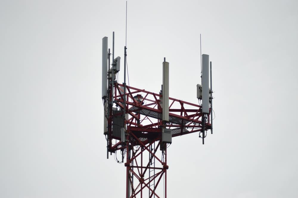 Google cell tower data collection on Android