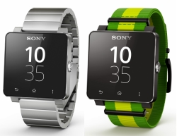 Sony SmartWatch Silver and FIFA