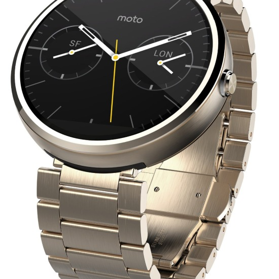 Gold Moto 360 with 23mm band