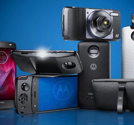 Moto Mods family